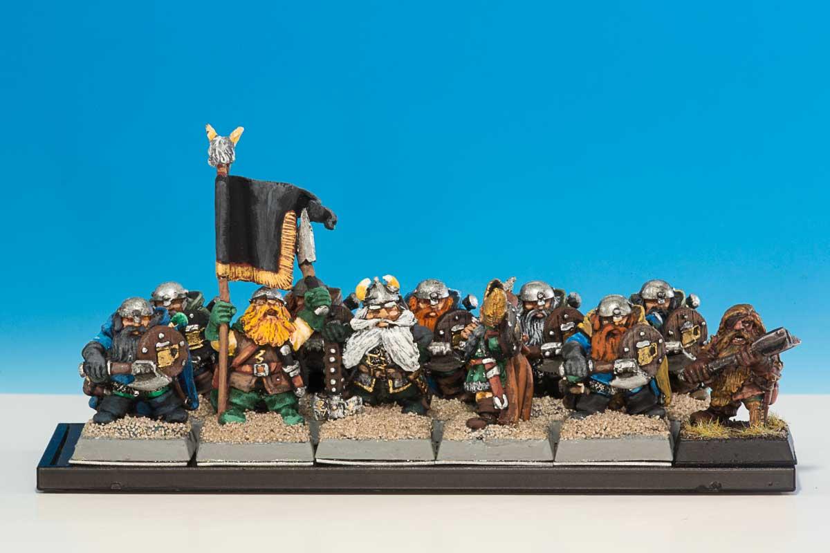 Salutations de la plus grande armée naine sur terre - Page 3 _07A4332x-01